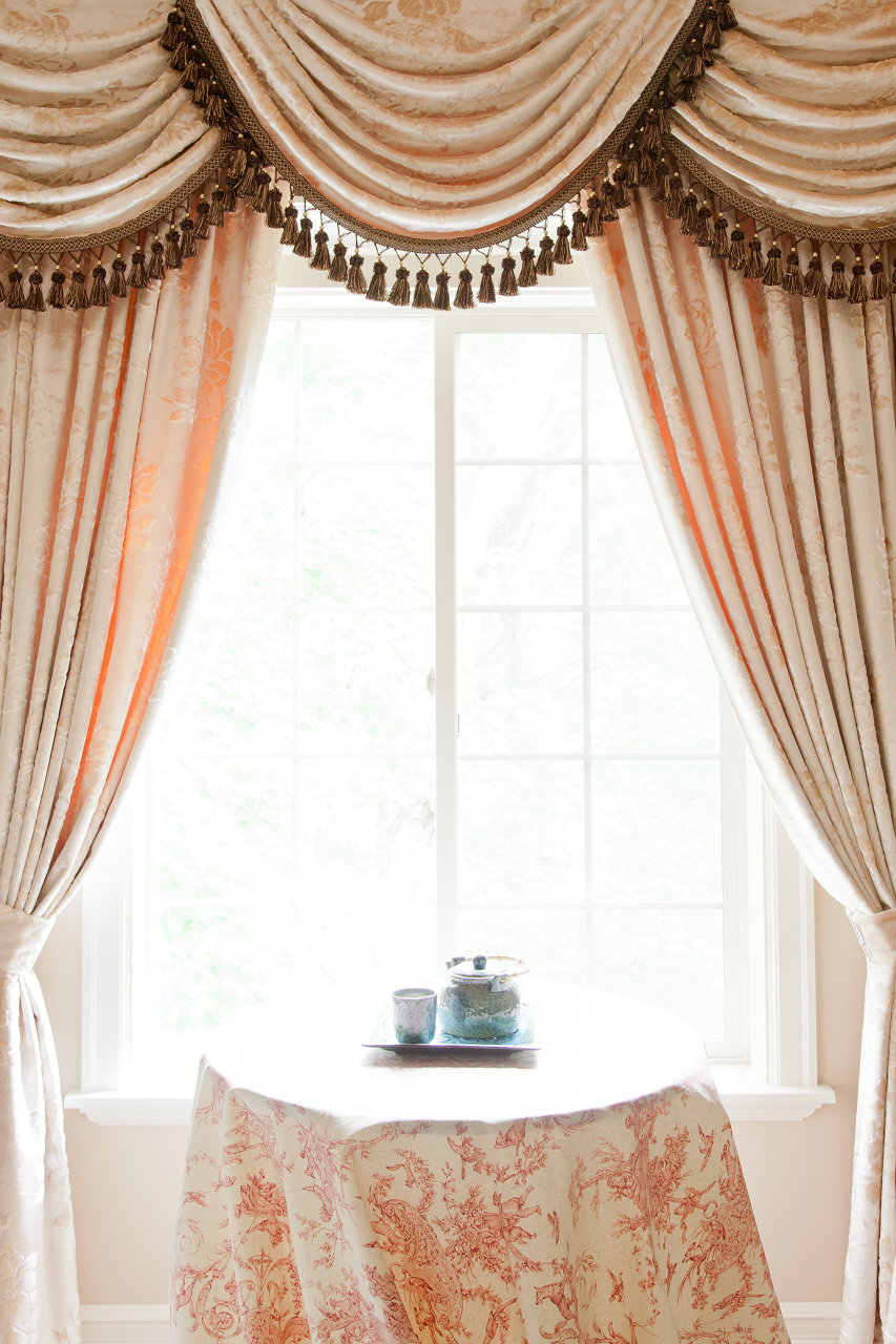 Drapery And Curtain Ideas: Peony Pavillion Swags And Tails Valance Curtain Drapes
