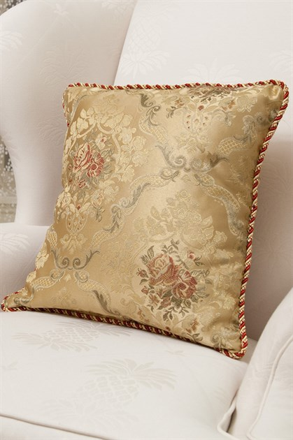 Picture of Versailles Rose Pillow Case