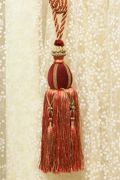 Picture of Luxury Tassel - Red