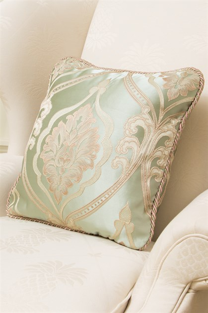 Picture of Emerald Bouquet Pillow Case