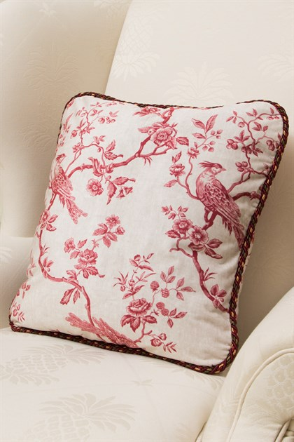 Picture of Pheasant On Vine Red Pillow Case