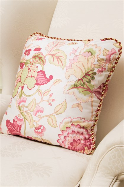 Picture of Pink Botanic Print Pillow Case