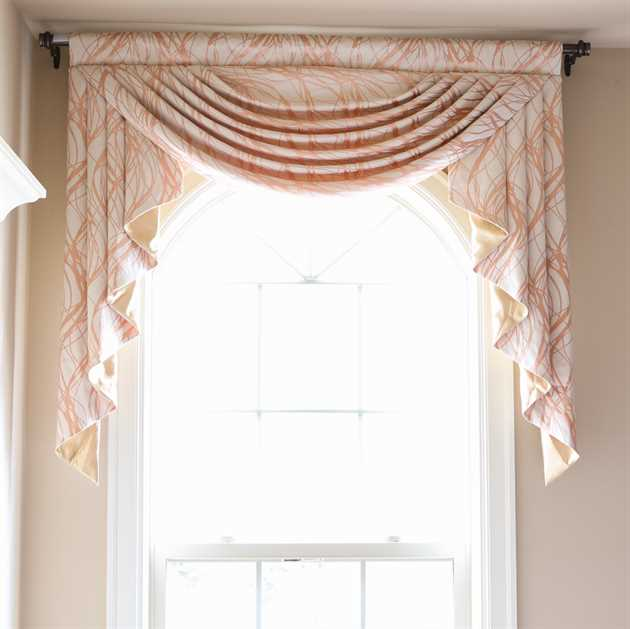 Picture of Pink Wave Valance