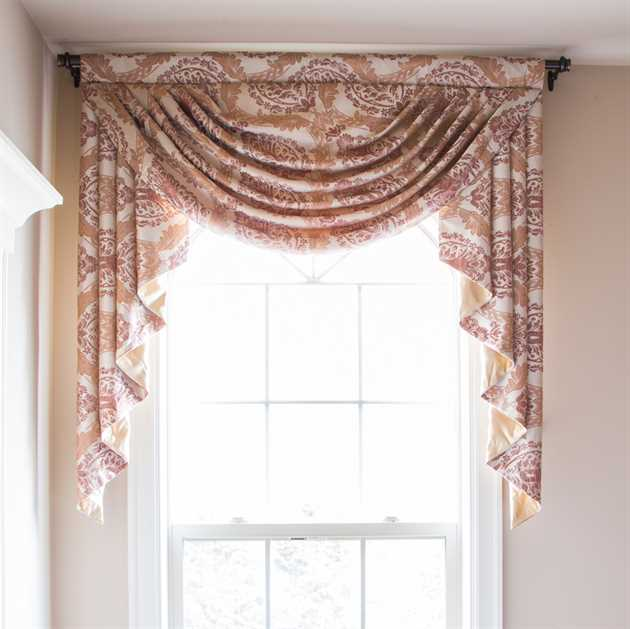 Picture of Pink Fern Valance