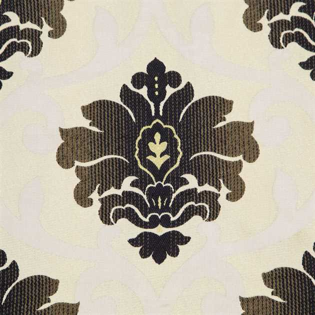 Picture of Black and Ivory Floral