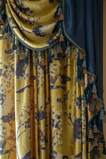 Picture of Yellow Kimono Floral 75''