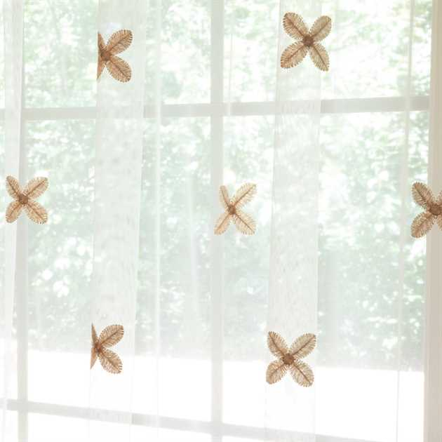 Picture of 4-Petal Star Flower Sheer Curtains