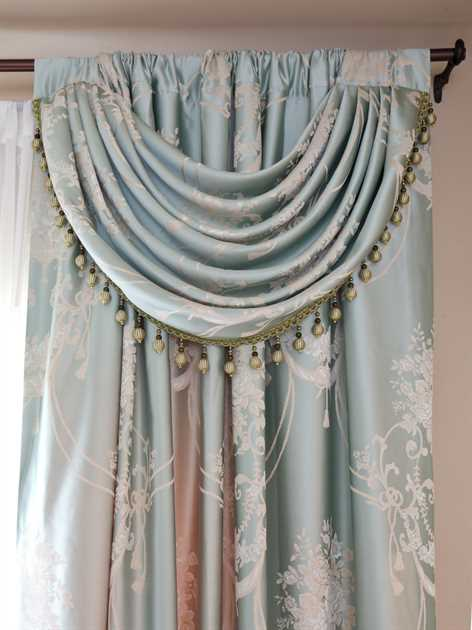 Picture of Honeymoon Sage Green - Panel With Swag Style